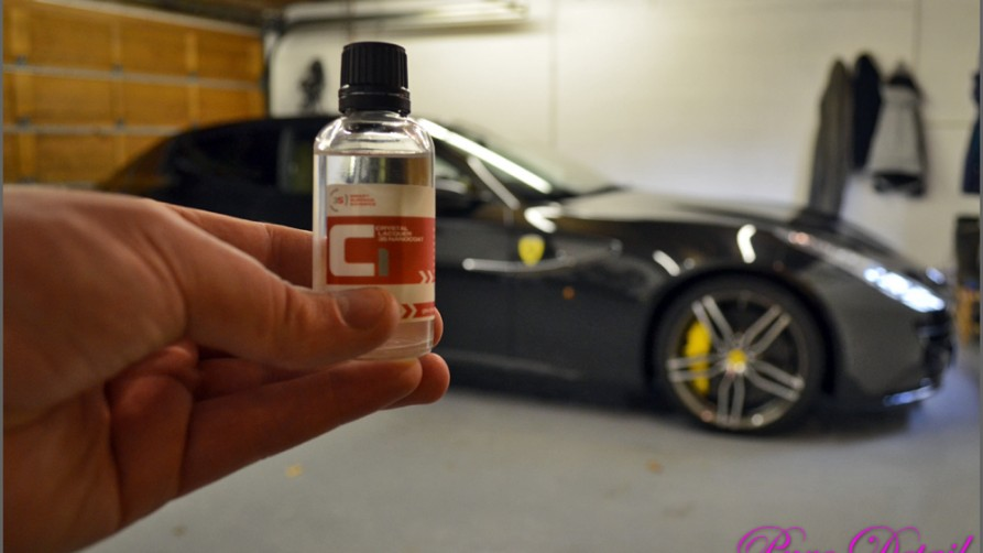 gtechniq-c1-applied-to-ferrari-ff-by-pure-detail-not-wax