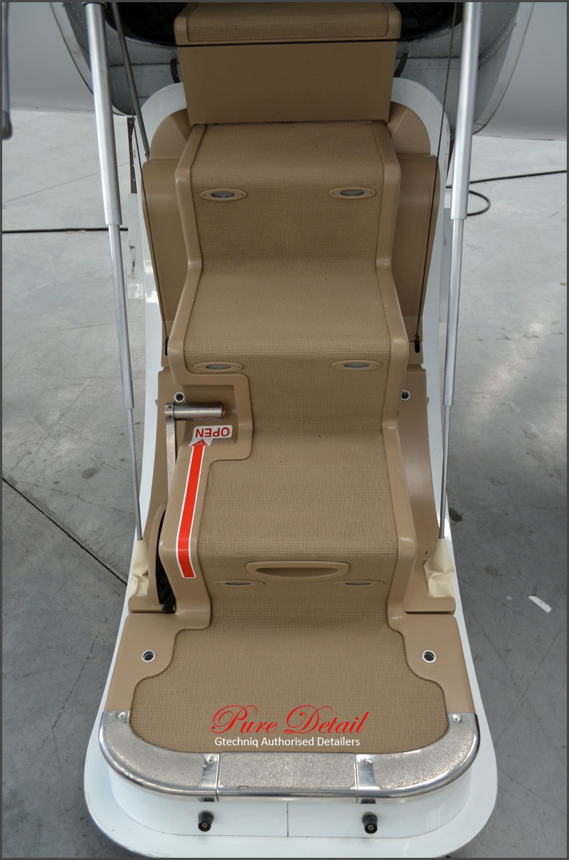 jet-stairs-detailed