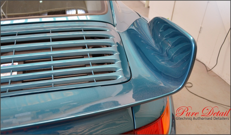 wing-removed-from-porsche-993-gt2-rs